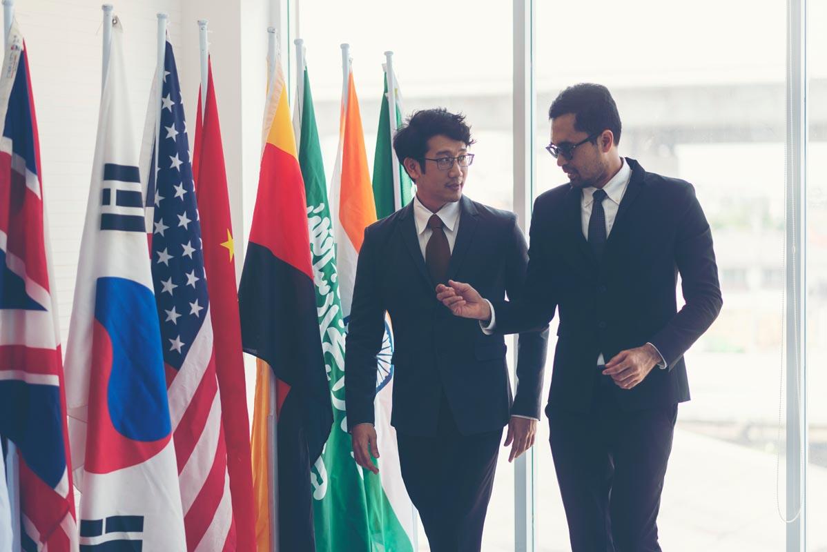 Interculturalité, conseil et coordination protocolaire